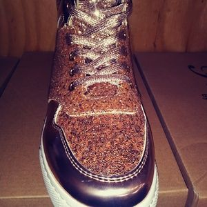 Shoes - Fancy Bedazzled Rose Gold Sneakers